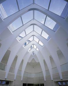 Emergency Services Centre / St. Gallen (Gallery) - Santiago Calatrava – Architects & Engineers