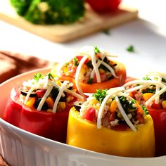 Vegetarian, Gluten-Free Stuffed Peppers - 100 fewer calories than traditional stuffed peppers! Vegan Gluten Free, Gluten Free Recipes, Vegetarian Recipes, Cooking Recipes, Healthy Recipes, Vegetarian Stuffed Peppers, Legumes Recipe, Gluten Free Living, Vegetable Sides