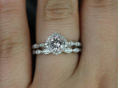 This is my dream ring! but i want a peach/champagne sapphire! Katya 14kt White Gold Thin Morganite Kite Set Cushion Halo