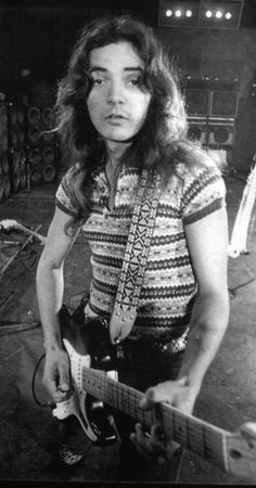 "Tommy Bolin:Thomas Richard ""Tommy"" Bolin (August 1, 1951 – December 4, 1976) was an American-born guitarist who played with Zephyr (from 1969 to 1971), The James Gang (from 1973 through 1974), and Deep Purple (from 1975 to 1976)."