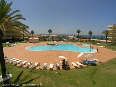 Excellent apartment with sea view, just 150 m from the beach and a few minutes from the golf course, 2 swimming pool,1 jet pool, garden and garage/basement. This apartment is spacious and has good quality finishings - http://www.portugalbestproperties.com/component/option,com_iproperty/Itemid,7/id,672/view,property/