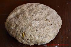 Paine cu faina integrala de secara si seminte - CAIETUL CU RETETE Bread, Food, Brot, Essen, Baking, Meals, Breads, Buns, Yemek