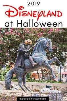 Find out all the Disneyland Halloween happenings including Halloween food decorations Disneyland characters and the new Oogie Boogie Bash! babies flight hotel restaurant destinations ideas tips Disneyland Rides, Disneyland Secrets, Disneyland Halloween, Disneyland California, Disneyland Resort, Halloween 2019, Happy Halloween, Disney Cruise Tips, Disney Vacations