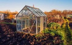 Season Extension Greenhouse | GardenersPath.com