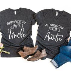 Grandma and Grandpa Shirts - Grandma Shirt - Ideas of Grandma Shirt - My Favorite People Call Me Grandma / Grandpa grandma grandpa shirts pregnancy announcement shirts baby announcement shirts grandma shirt grandpa shirt gifts for grandparents Pregnancy Announcement Shirt, Pregnancy Shirts, Pregnant Announcements, Maternity Shirts, Funny Pregnancy, Maternity Outfits, Aunt T Shirts, Baby Shirts, Funny Shirts