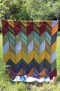 Wonky Edge Herringbone Quilt top by Dr. G Crafts Braid Quilt, Picnic Blanket, Outdoor Blanket, Herringbone Quilt, Sewing Crafts, Diy Crafts, Striped Quilt, String Quilts, Quilt Top