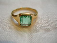 Victorian 18ct Gold & Square Cut Emerald Signet Ring - 1886
