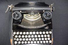 Vintage BIJOU Portable Typewriter Palestine Orient Co. Seidel | Etsy Treadle Sewing Machines, Portable Typewriter, Cottage Chic, Vintage Wood, Best Gifts, Palestine, Etsy, Gift Ideas, Antique Wood