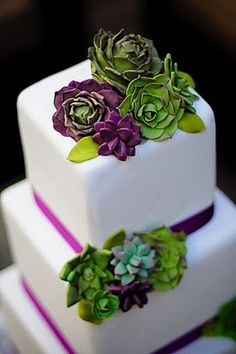 Purple & Green Succulent Cake: a great idea for a vibrant one-layer cake for almost any celebration