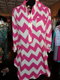 We all love chevron & this pink/white combo is too cute for spring! Sz: S-L $44