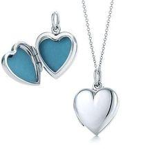 Tiffany Heart Locket.. soo pretty!! I really want it