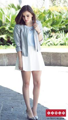 #FashionBySIMAN y Stylish Everywhere Descubre como combinar piezas sencillas y clásicas, para obtener un resultado elegante y muy femenino en tu outfit del día. http://stylisheverywhere.com/look-of-the-day-monday/