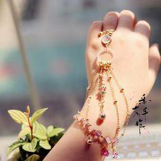 ⋋✿ ⁰ o ⁰ ✿⋌ Stylish Jewelry, Cute Jewelry, Jewelry Accessories, Fashion Accessories, Jewelry Design, Fashion Jewelry, Hand Jewelry, Handmade Jewelry, Pinterest Jewelry