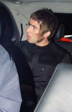 Liam Liam Gallagher Oasis, Noel Gallagher, Beady Eye, It Takes Two, Centella, Men's Hair, Haircuts For Men, Predator, Parka