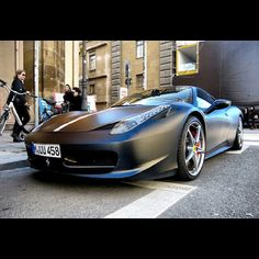 Ferrari 458 Italia making a statement in London town
