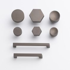 Edgecliff Pull - 6 in. or 8 in. | Drawer Pulls | Hardware | Schoolhouse Electric
