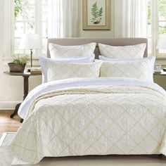 Country Idyl Luxury Ivory Quilt from Calla Angel