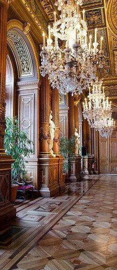 Shangri-La Hotel Paris.