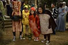 """Disney Channel's 2015 """"Monstober"""" Schedule With """"BUNK'D"""" Stars Hosting - Dis411"""