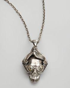 #Alexander #McQueen - Silvertone İnsect #Skull Pendant Kolye ile kuru kafa çılgınlığına siz de katılın #mosmoda