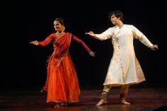 Tribhuwan Maharaj and Anukriti Vishwakarma Kathak dance duet.