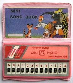 mini piano with mini song book 1980s Childhood, My Childhood Memories, Retro Toys, Vintage Toys, Garbage Pail Kids Cards, Musical Toys, 80s Kids, Old Toys, Barn