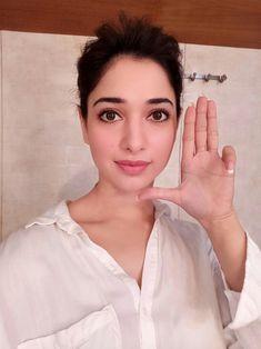 Beauty At Its Best — Tamanna Bhatia - Bollywood actress Indian Bollywood Actress, Beautiful Bollywood Actress, Beautiful Actresses, Indian Actresses, South Actress, South Indian Actress, Selfie Expert, Tammana Bhatia, Bollywood Couples