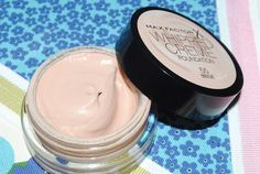 Max Factor Whipped Creme Foundation Review with Before and After Photos