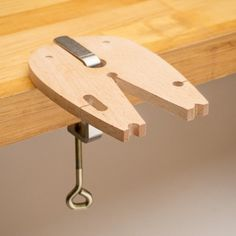 StudioFlux Bench Pin - The StudioFlux Bench Pin, by Thomas Mann, provides the support you need when sawing. Unlike standard bench pins, the StudioFlux Bench Pin is designed to be utilized on top of your workbench, giving you a flat, continuous surface essential for good sawing.