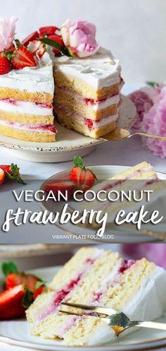 Strawberry Recipes Vegan, Strawberry Cream Cakes, Vegan Baking Recipes, Vegan Dessert Recipes, Vegan Sweets, Delicious Vegan Recipes, Sweets Recipes, Dairy Free Recipes, Delicious Desserts
