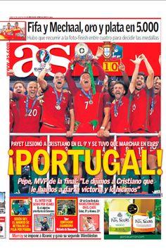 Das lágrimas de tristeza às lágrimas de alegria, a comunicação social estrangeira destacou o espectro de emoções experimentadas pelos portugueses na noite em que Portugal se tornou campeão europeu. Portugal, Fifa, E 10, Cristiano Ronaldo, Newspaper, Victorious, Champion, Football, Cover