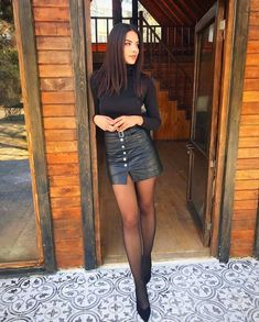 Pantyhose Outfits, Black Pantyhose, Nylons, Pantyhose Fashion, Classy Outfits, Cute Outfits, Black Tights Outfit, Sheer Tights, Cute Tights
