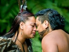 Maori Greeting::Aotearoa ~ New Zealand. The Maori custom of touching foreheads and noses together, allowing one to share the same breath, is called the 'Hongi'. It is a way of seeing each other on a soul level, seeing each other as equal. We Are The World, People Around The World, Ta Moko Tattoo, Maori Tattoos, Borneo Tattoos, Key Tattoos, Skull Tattoos, Foot Tattoos, Tribal Tattoos