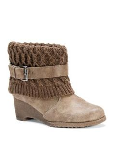 c1482ee2681b78 Muk Luks Women s Deena Boot - Moccasin - 7M Wedge Ankle Boots