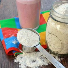 homemade instant milk protein powder 3 cups instant nonfat dry milk, divided 1 cup (old fashioned or instant) oats 1 cup almonds Sweetener of your choice Milk Protein, Protein Foods, Protein Bars, Protein Shakes, Casein Protein, Protein Muffins, Protein Cookies, Protein Sources, Homemade Protein Powder