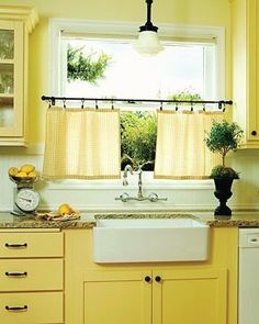 Let's cook deep-dish bangers and mash.  A yellow kitchen says cheer and optimism.  Don't you agree?