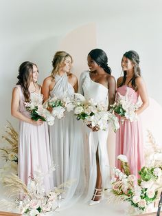 This How To for dyed bridesmaid dresses shows you how you can use Rit Dye to ace the mismatched bridesmaid trend and not break the bank! We dyed convertible maxi dresses in pastel tones to match the elegant mood of this modern minimalist wedding aesthetic. See the full DIY on Ruffled! #mismatchedbridesmaids #weddingtrends #dyedweddingideas Diy Wedding Favors, Wedding Crafts, Wedding Vendors, Ceremony Backdrop, Diy Backdrop, Mismatched Bridesmaid Dresses, Wedding Dresses, Modern Minimalist Wedding, Silk And Willow