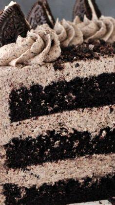 Chocolate Oreo Cake Recipe plus 24 more of the most pinned cake recipes