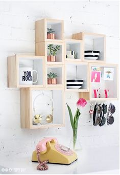 DIY Living Room Decor Will Make Your Living Room The Coziest Place in the House  Tags: diy living room decor, diy living room decor ideas, diy living room decor cheap, diy living room decorating on a budget, diy living room decor pinterest, diy living room decor ideas pinterest, diy living room decor on a budget, diy living room decorating tips, diy living room accessories, diy living room wall decor  #LivingRoomIdeas #LivingRoomIdeas2017 #HomeDecor #HomeDecorIdeas #HomeDesignIdeas…