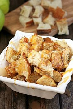 Boozy Caramel Apple Bread Pudding |The Hopeless Housewife