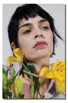 Novembre magazine romane by nicolas coulomb morgane nicolas 6809 Makeup Inspo, Makeup Inspiration, Beauty Makeup, Eye Makeup, Hair Makeup, Hair Beauty, High Fashion Makeup, Fashion Beauty, Make Up Color