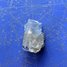 アクアマリン モスコバイト パキスタン・ナガール産 11g/ 鉱物・結晶原石
