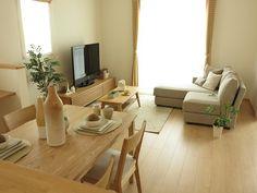 タモ材・オーク材を使用した家具で統一したナチュラルコーディネート事例をご紹介 の画像|家具なび ~きっと家具から始まる家づくり~