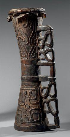 Tambour Asmat - Papouasie Nouvelle Guinée - Bois - peau de varan - rotin