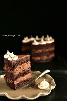 Mud Cake al cioccolato - Mud Cake al chocolate Sweet Recipes, Cake Recipes, Dessert Recipes, Super Torte, Chocolates, Pastel Cakes, Elegant Desserts, Cooking Cake, Mud Cake