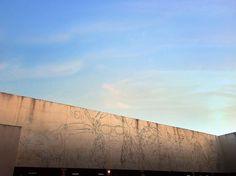 Temos a arte para não morrer da verdade. Friedrich Nietzsche  #art #photooftheday #goianiawalk by leandronunesadv http://ift.tt/27QVd75