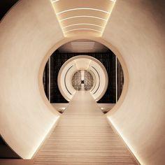 Inexpensive Home Decorating Ideas Hotel Corridor, Covered Walkway, Best Home Interior Design, Hallway Designs, Yacht Interior, Entrance Design, Yacht Design, Lighting Design, Interior Inspiration
