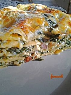 Baked Pasta Dishes, Greek Cooking, Pasta Bake, Savoury Dishes, Spanakopita, Greek Recipes, Lasagna, Food Inspiration, Food And Drink