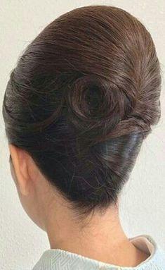 20 Stunning Wedding HairStyles For Short Hair Behive Hairstyles, 1960 Hairstyles, Vintage Hairstyles, Wedding Hairstyles, Hair Up Styles, Natural Hair Styles, Up Hairdos, Beehive Hair, Short Wedding Hair