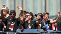 sami khedira and mesut ozil returning home after #worldcup